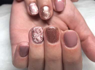 nail acrylics and painting